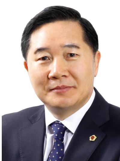 김용집 의원증명사진.png