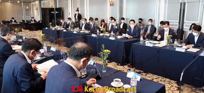 국회의원 초청 예산정책 간담회3.png